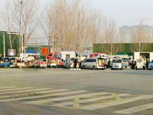 郑州惠济区弓寨农贸市场因非法经营被依法关停